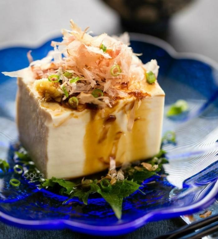 tofu zubereiten gourmet speisen mit tofu kräuter honig sojasoße speise mit ingwer und lachs