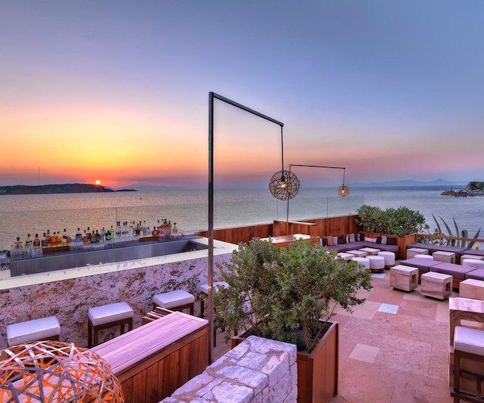 griechenland sehenswürdigkeiten mittelmeer sehenswertes himmel bunte farben natur restaurant am meer bunte himmelsfarben
