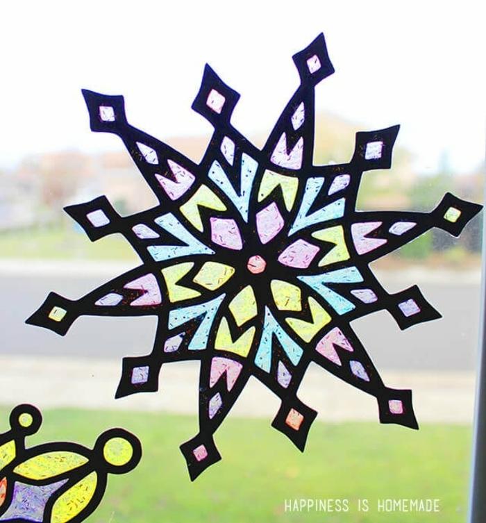 vorlage schneeflocke selber machen einfache schneeflocken vorlage kinder fenster mit marker malen