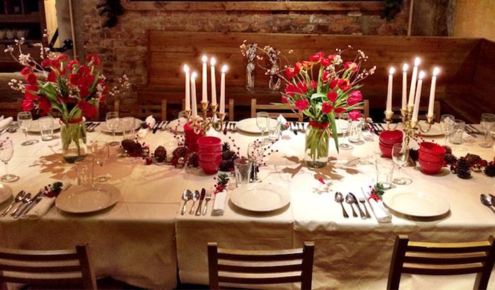 weihnachtsdeko selber machen schönes ambiente zum fest tolle idee gemütliches flair im esszimmer wohnzimmer küche weihnachtstisch