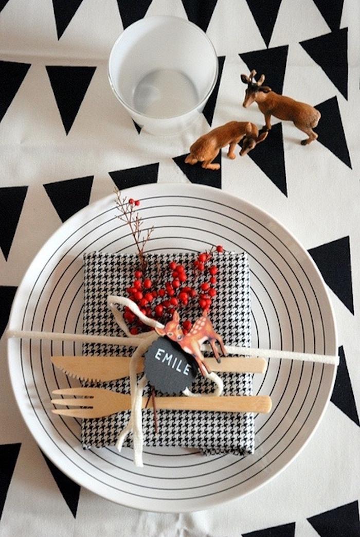 diy weihnachtsdeko ideen zum entnehmen hölzerne gabel und messer kleine figuren zum dekorieren elch