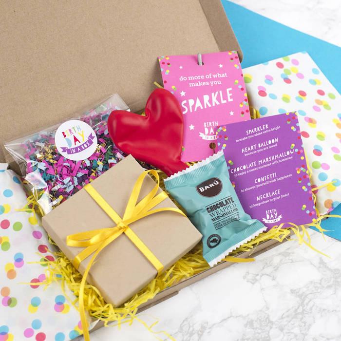 weihnachtsgeschenke für beste freundin niedliche überraschung für die beste freundin geschenkset box kiste voll mit bunten dekorationen