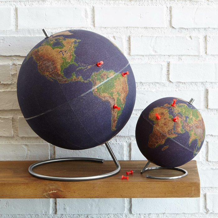 Globus aus Korken zu Weihnachten schenken, coole Geschenkidee für Reiseliebhaber, Weihnachtsgeschenk für Freund