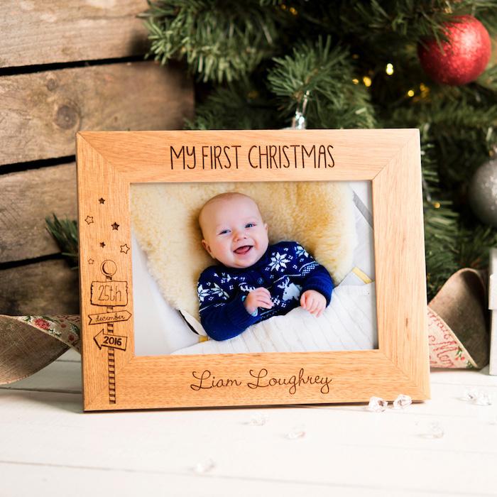 Danke sagen Geschenk - mein erstes Weihnachten steht auf dem Rahmen von Babyfoto