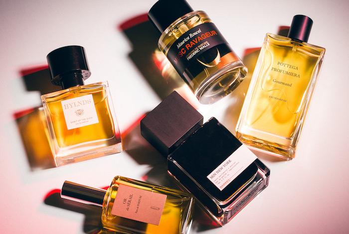 Geschenkideen Eltern Weihnachten - ein paar Parfums aus prominenten Marken