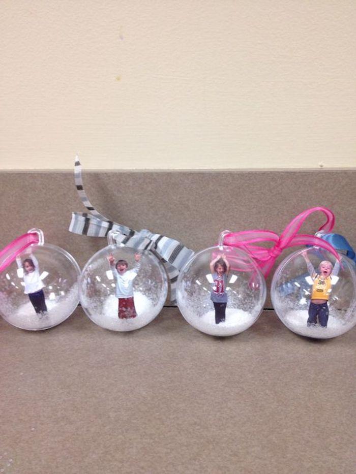 DIY Idee für Geschenke für Eltern - Kugeln mit lustigen Fotos - Geschenkideen Eltern Weihnachten