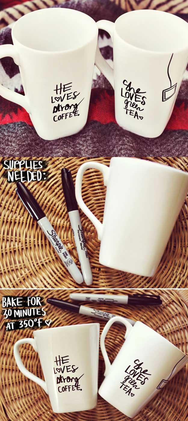 DIY Idee mit Filzstift und zwei Kaffeebecher - Porzellan bemalen - Geschenkideen Eltern Weihnachten