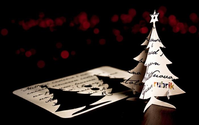 3D Weihnachtskarte selber machen, Weihnachtsbaum aus Papier ausschneiden, coole Alternative zur klassischen Weihnachtskarte