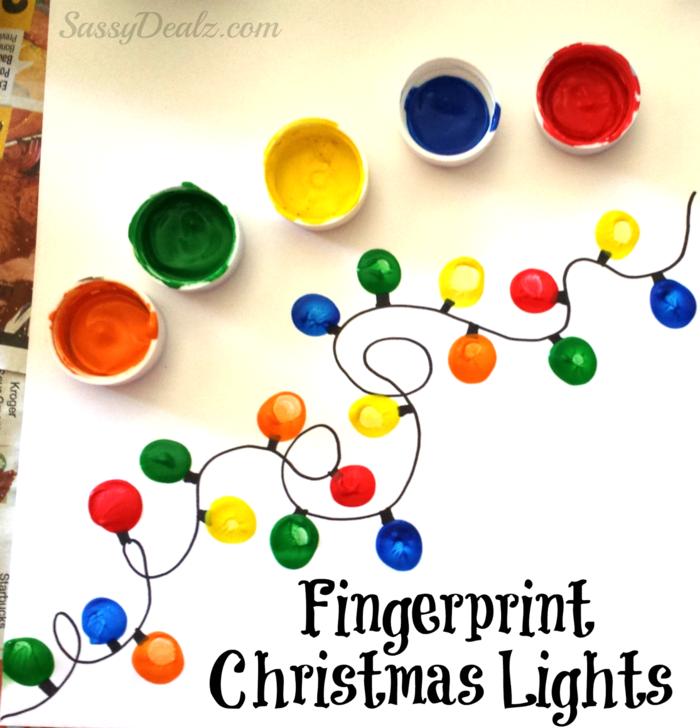 Weihnachtskarte mit Fingerabdrücken gestalten, bunte Weihnachtsgirlande, DIY Idee für Kinder und Erwachsene