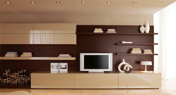 wohnwand modern beige und braun fernseher stehlampe braune wand kleine runde lampen