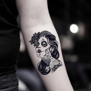 Das schöne La Catrina Tattoo und seine Bedeutung