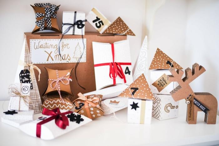 Schachteln selbst beschriften und mit Schleifen verzieren, tolle Alternative zum klassischen Adventskalender
