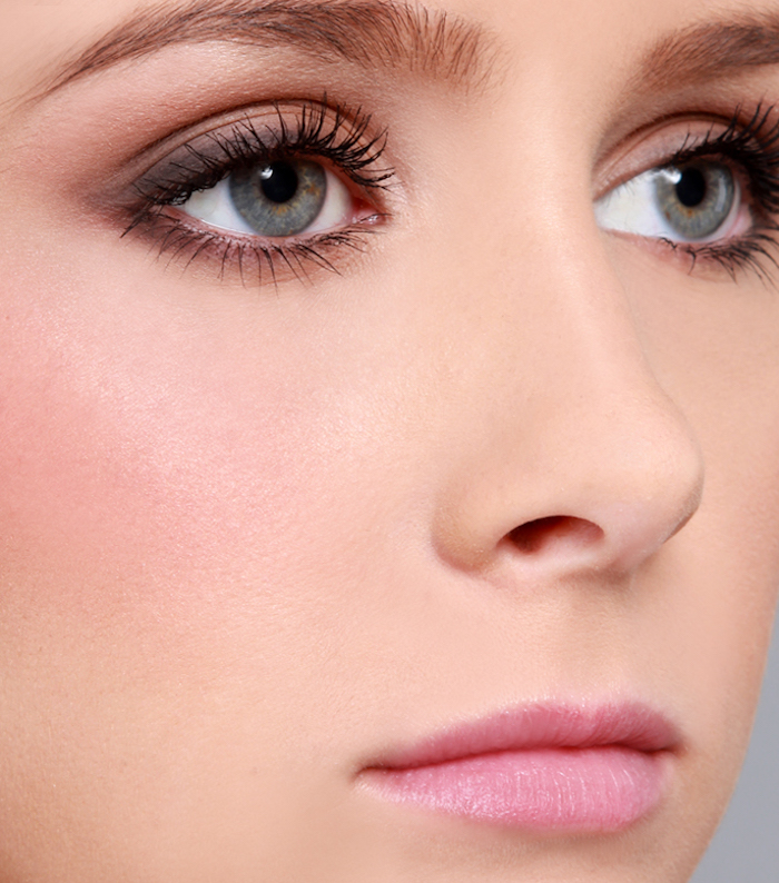 augen größer schminken, make-up für graue augen, rosegoldenes make-up