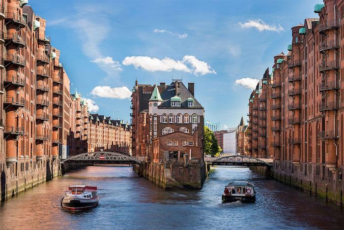 beliebte urlaubsziele die hansestadt hamburg faszinierende blicke in der stadt hafenstadt see meer nordsee