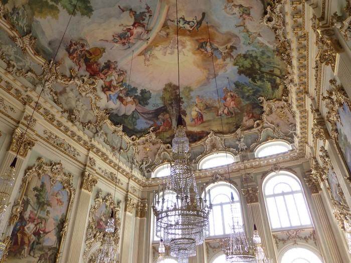 beliebte reiseziele in dl deutschland zweitgrößte stadt in deutschland bayern münchen museum nymphenburg palast besuchen saal drinnen