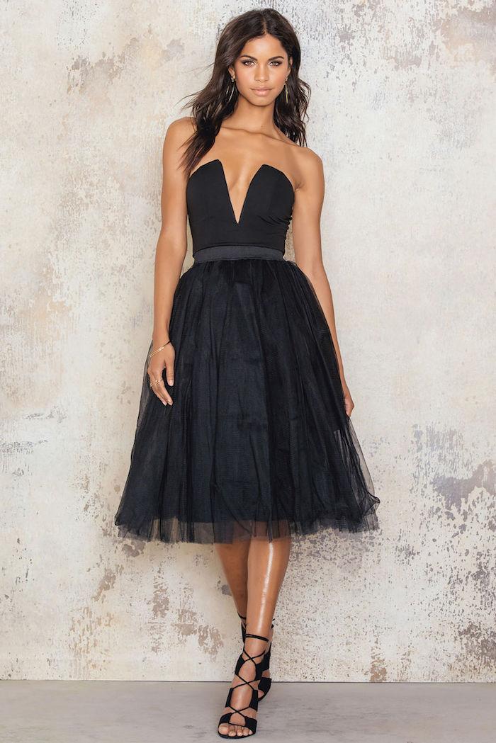 boho style kleines schwarzes kleid stil und klasse bei einer offiziellen veranstaltung events mit stil besuchen