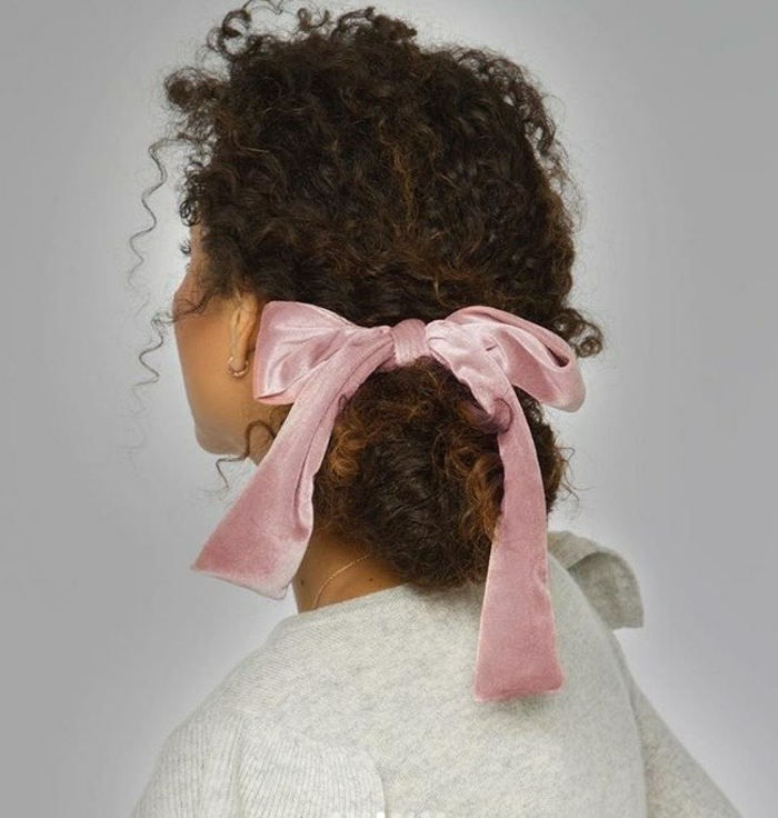 chloeandisabel velvet hair bow natural curls