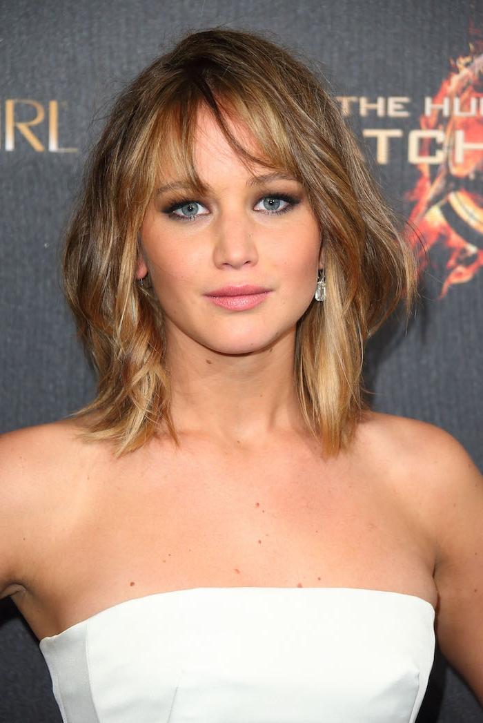 hellbraun Haarfarbe eine Premiere von dem zweiten Buch aus der Serie Tribute von Panem, ein Foto von Jennifer Lawrence