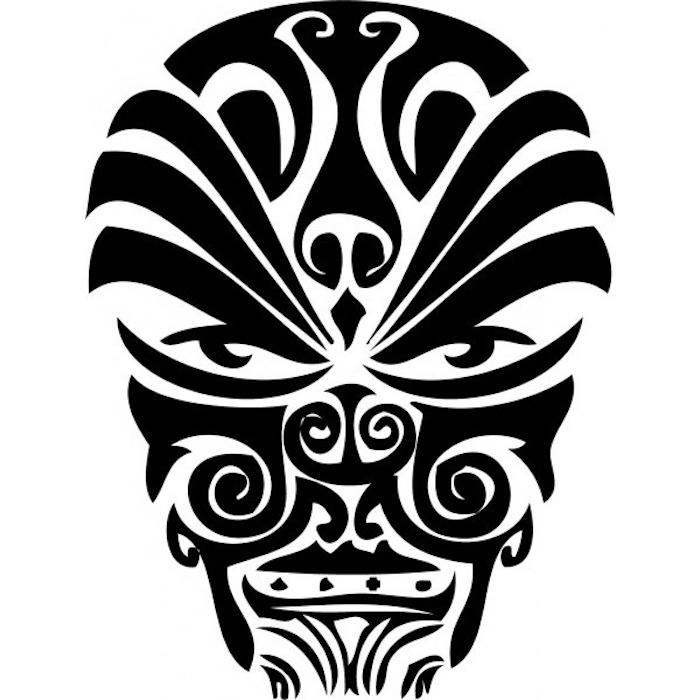 maorie tattoo bedeutung - ein monster mit einer schwarzen nase und zwei schwarzen augen