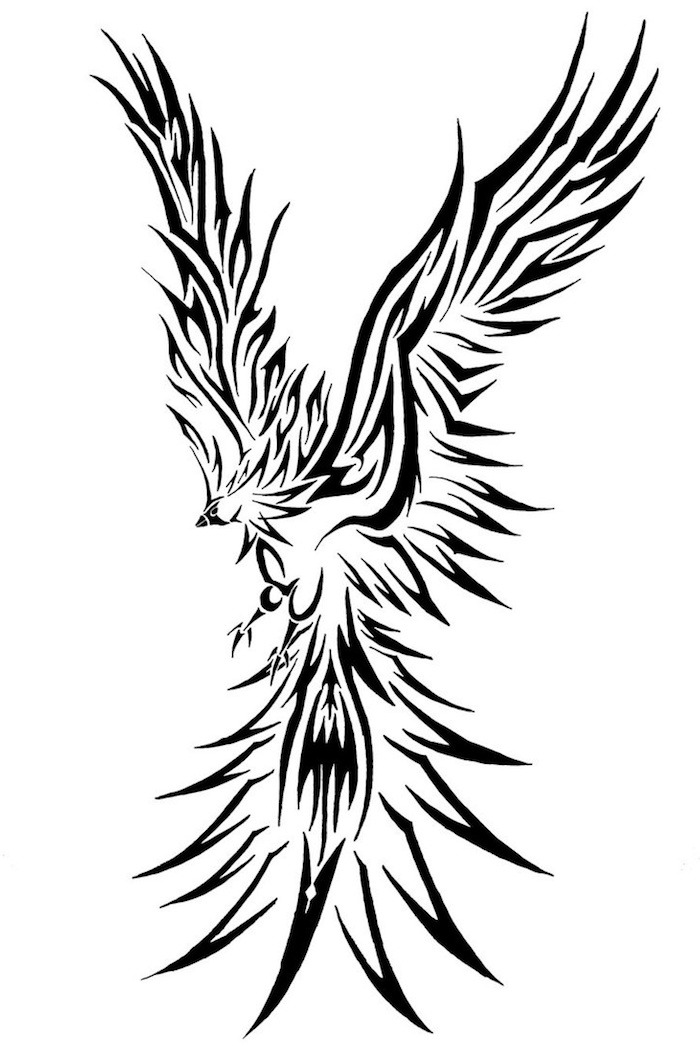 tattoo phönix aus der Asche, ein großer schwarzer fliegender phönix mit zwei schwarzen flügeln mit langen schwarzen und weißen federn - phönix tattoo bedeutung
