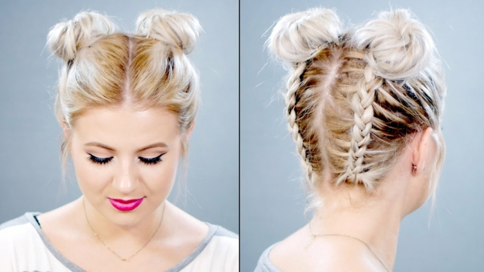 Frisur mit Mittelscheitel, zwei Zöpfen und zwei Seitendutts hinten am Kopf, Flechtfrisur für blonde Haare mit dunkelbraunem Ansatz, zwei braided Buns, zwei braided Updos