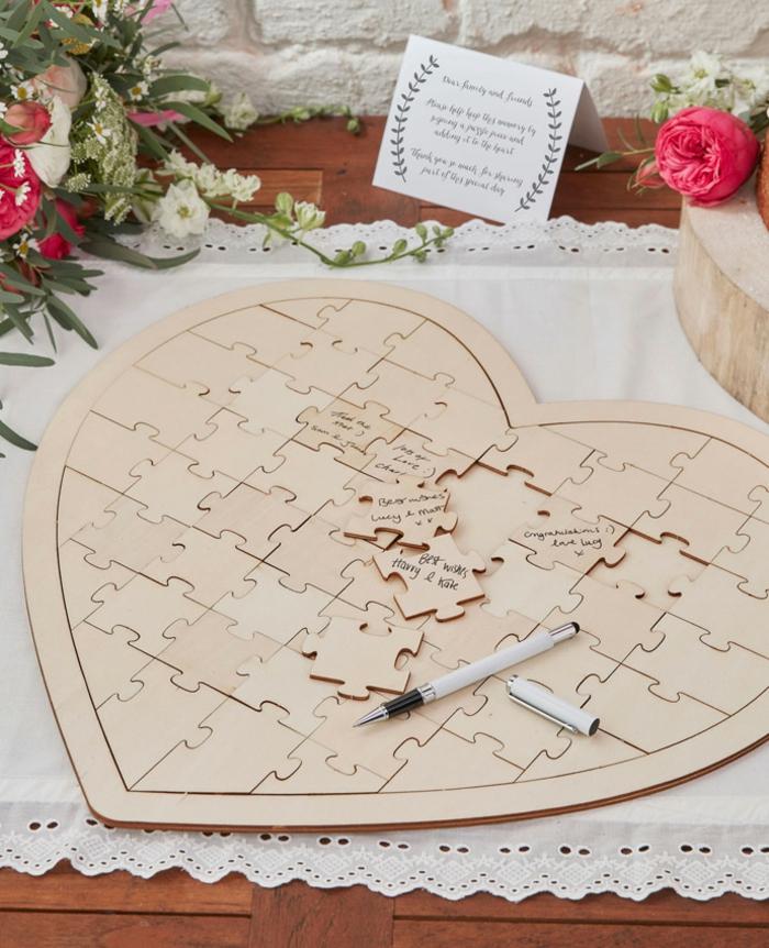 Hochzeitsgästebuch-Puzzle für Glückwünsche und Botschaften von den Hochzeitsgästen