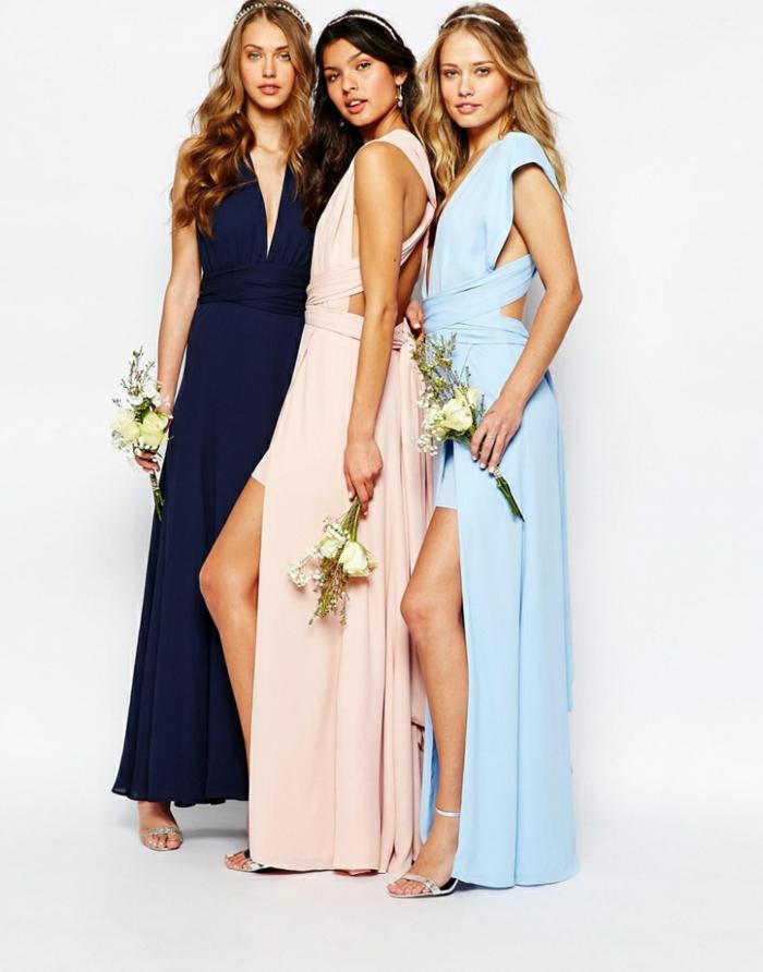 Bodenlange Brautjungfernkleider mit Schlitz, silberne High Heels, elegantes Outfit für besondere Anlässe