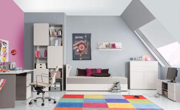 coole möbel ideen graues kinderzimmer design rosa wand bunter teppich qudratisch formen ideen wanddeko