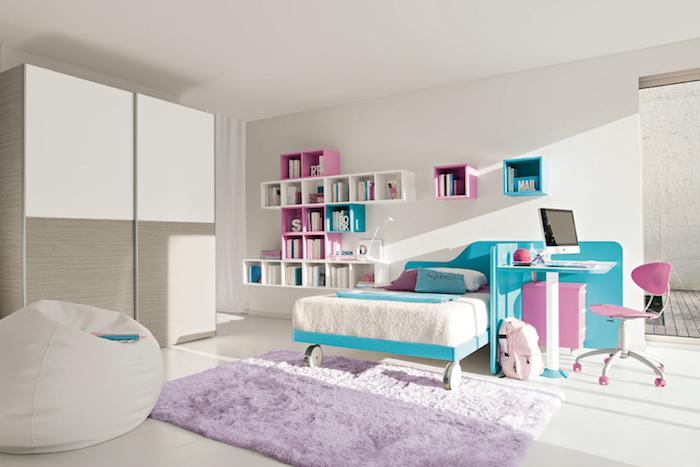 jugendzimmer weiß möbel lila bett blau violett sessel kleiderschrank lila stuhl zimmer design
