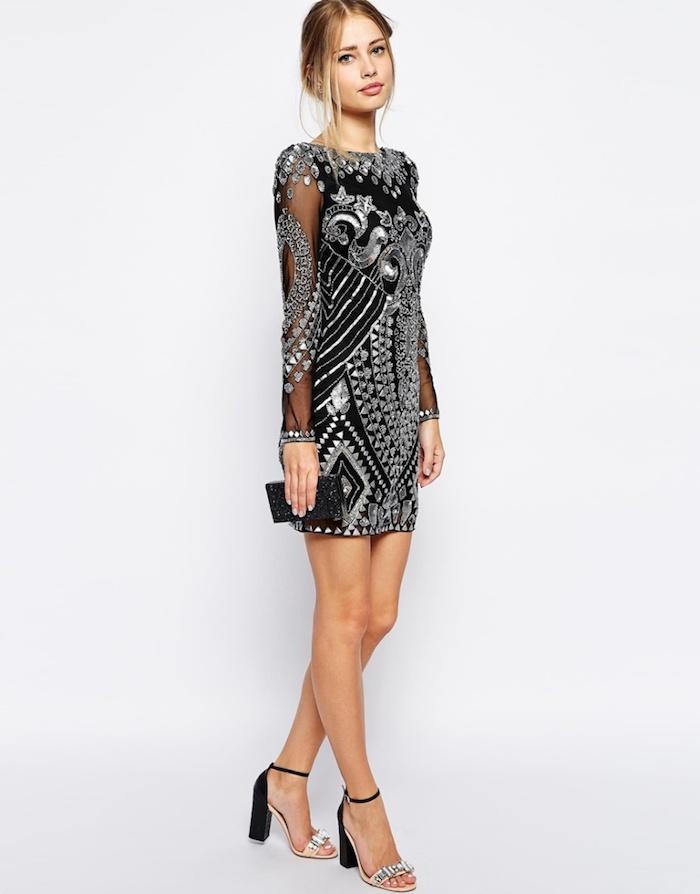 party outfit lässig kleines schwarzes kleid mit großen silbernen elementen dekorieren fancy look
