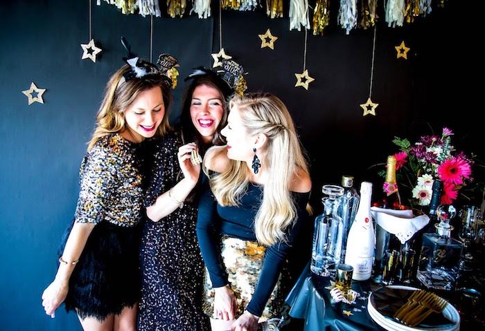 kleider für silvester bereit zum feiern mit fancy und bequemen kleidungsstücken kleid rock deko champagner