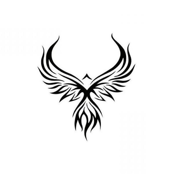 eine kleine schwarze tätowierung mit einem schwarzen tattoo mit zwei schwarzen flügeln mit langen schwarzen federn