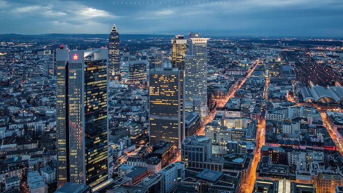 reiseziele megapolis zum besuchen megastadt frankfurt am main die hauptstadt des gelds moderne stadt architektur