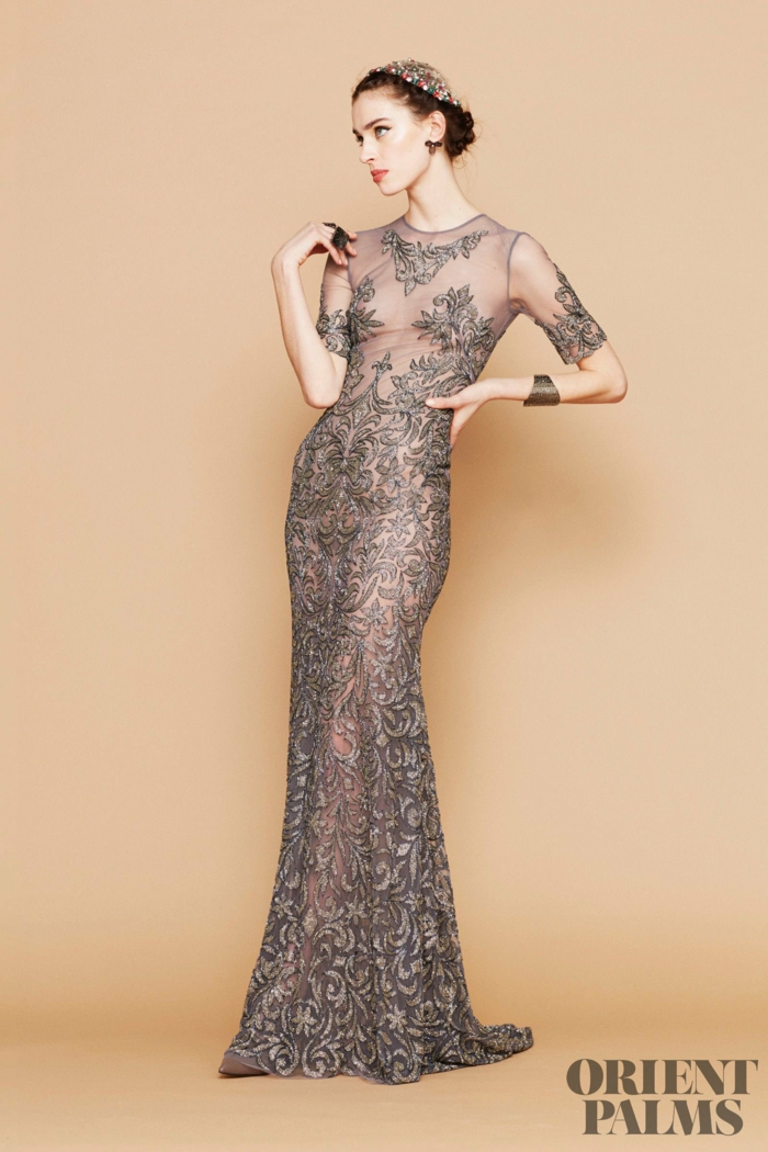 Elegantes Spitzenkleid mit kurzen Ärmeln, bodenlanges Kleid für besondere Anlässe, Idee für Silvester Outfit
