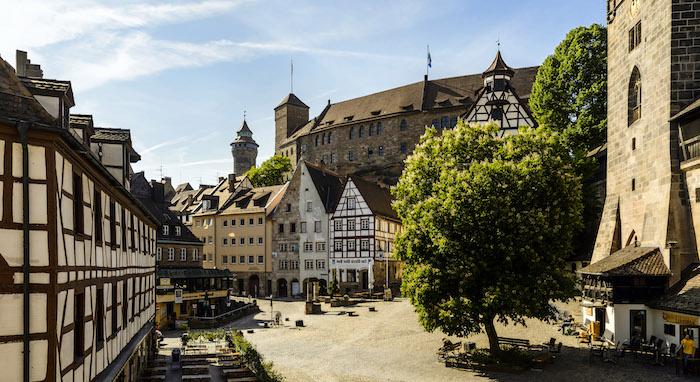die schönsten urlaubsziele in deutschland, bayern bäume gebäude natur und architektur auf einmal