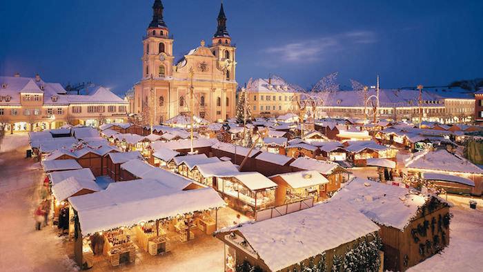 schöne urlaubsorte ein winterliches märchen winter in stuttgart weihnachtsmarkt deutschland