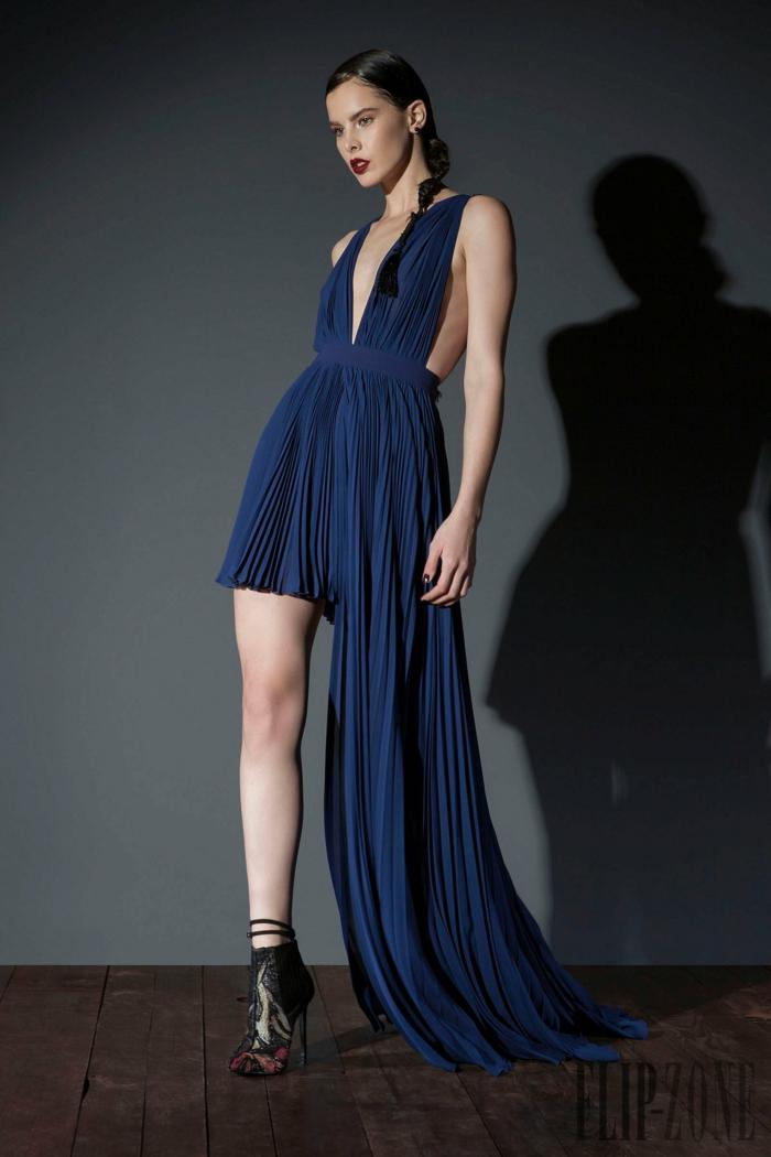 Assymmetrisches dunkelblaues Abendkleid mit Schleppe, rückenfreies Kleid für besondere Anlässe