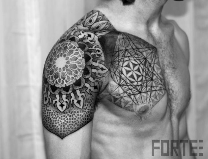 1001 ideen f r mandala tattoo f r m nner und frauen. Black Bedroom Furniture Sets. Home Design Ideas