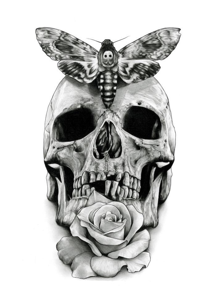 ein großer schwarzer schmetterling und ein totenkopf und eine große weiße rose - totenkopf tattoo bedeutung