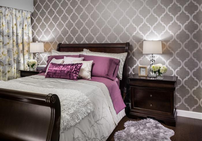 jugendzimmer weiß grau lila rosa glänzende ideen designs teppich blumen stehlampe ideen