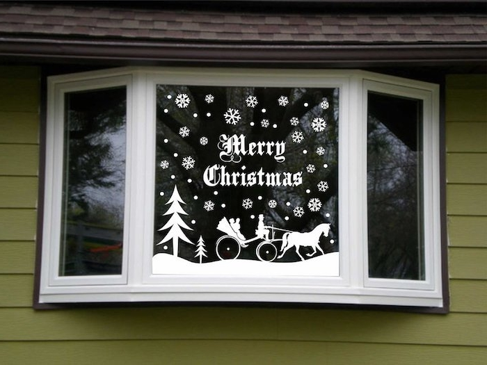 fensterdeko weihnachten basteln weiße fensterdeko idee frohe weihnachten merry christmas aufschrift