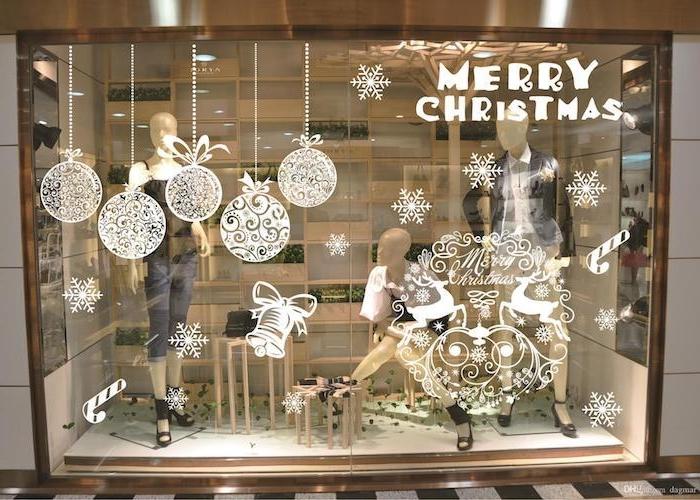 fenster beleuchtung frohe weihnachten schöne fenstersticker dekorationen am fenster