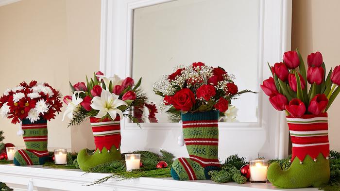 led fensterbilder weihnachten frische deko elemente an dem fenster tulpen rosen kerzen grün rot weiß farben des finters