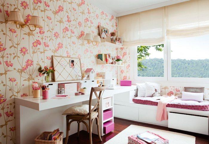 grau weißes zimmer rosa deko muster shabby tapeten an der wand tapeten ideen großes fenster schreibtisch und retro stuhl
