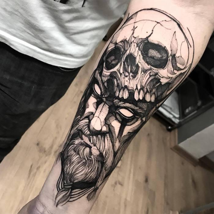 tattoo vorlagen, tattoo-motive für männer, wikinger mit schädel
