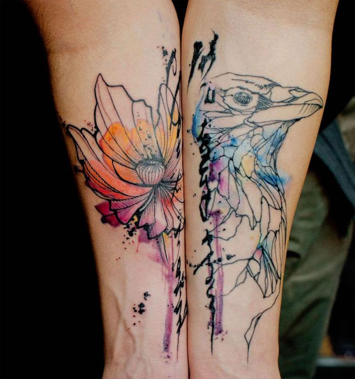 unterarm tattoo, wasserfaben tattoos an den ärmen, blume und vogel