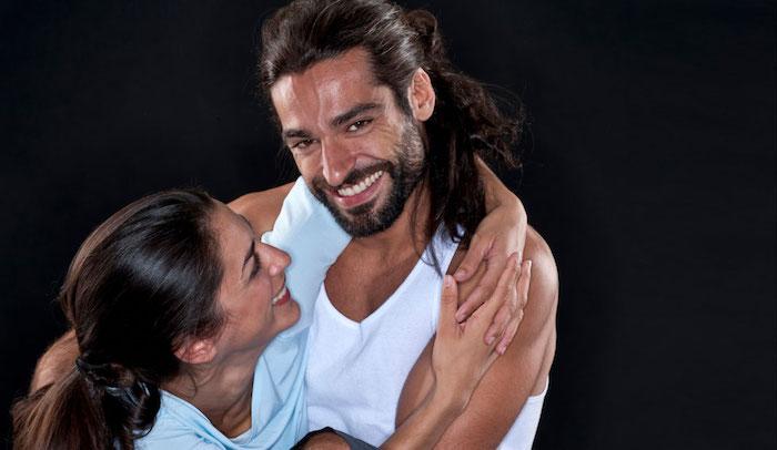 frisuren männer, männerfrisuren für lange haare, mann mit langhaarfrisur