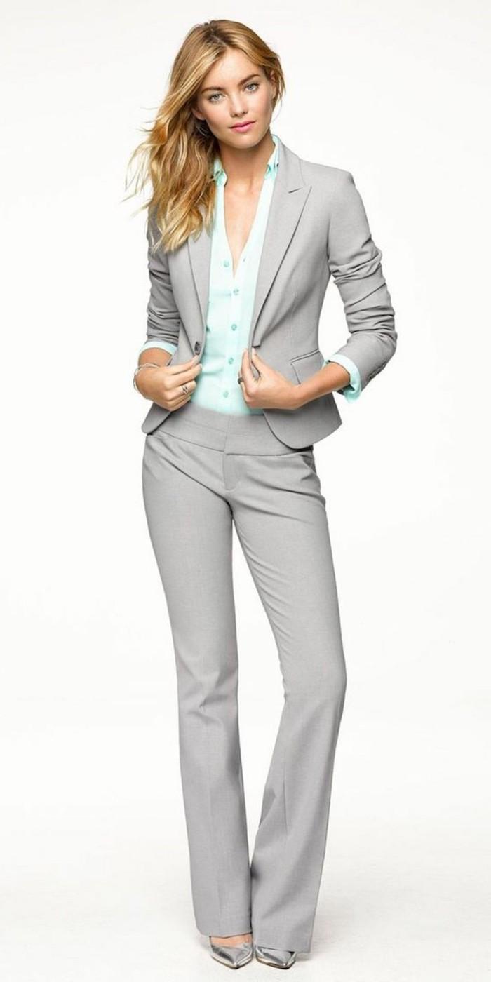 graue hose outfit ideen für die damen türkis farbe hemd idee satin hemd outfit für damen blonde haare absatzschuhe