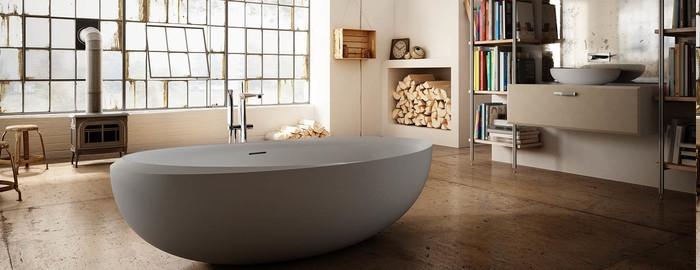 Bäder Ideen fur Haus auf dem Lande, Holzofen im Badraum, zwei Bücherregale neben auf den beiden Seiten des Waschbeckens, Wandnische für das Brennholz
