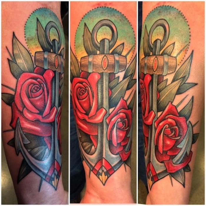 bedeutung anker, große farbige tötowierung, anker in kombination mit roten rosen